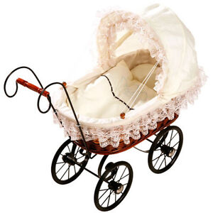 Brand-NEW-Childrens-Antique-Vintage-Wicker-White-Lace-Dolls-Pram-Pushchair