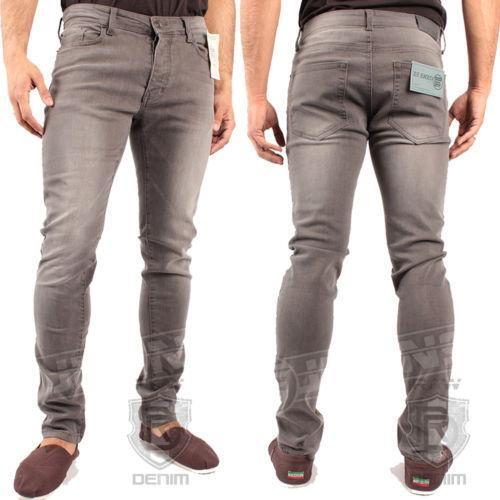 Pants by Haband. Comes in Brown, Size 40 M(). Great jeans style and comfort, now in a dressier twill fabric! 4 pockets, plus our famous, forgiving Fit-Forever® waist that adds 4 extra inches where you need it most! Machine care polyester.