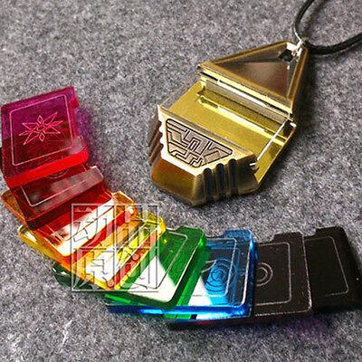 Neu Version Digimon Adventure tri Halskette Abzeichen Badge Key Kostüme set box