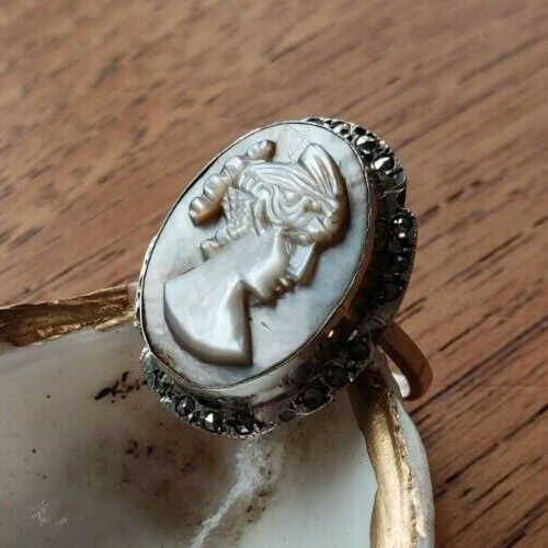 VINTAGE ANTIQUE 900 SILVER CAMEO RING SIZE 6