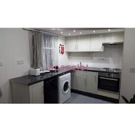 *Move In Quick* Studio To Rent Morrish Road, Brixton, London SW2 4EG.