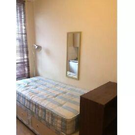 Bedsit To Rent Matheson Road, West Kensington/Barons Court W14 8SN