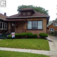 Barrie House for sale:  4 bedroom 2,820 sq.ft.