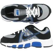Boys Youth Nike Shoes Size 5
