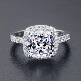 *** BRAND NEW *** Simulated Diamond Ring, Solid 925 Silver Halo Design - Size I1/2-J (unwanted gift)