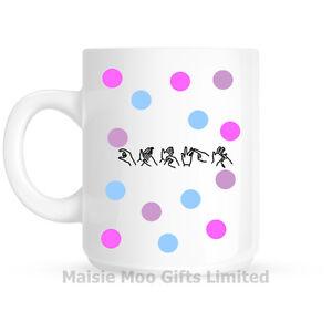 Personalised-British-Sign-Language-BSL-Font-Name-Polka-Dot-Ceramic-Gift-Mug
