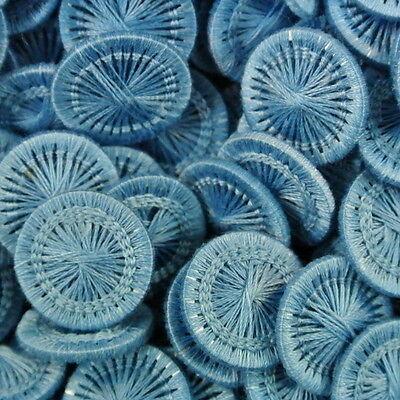 Helle Knöpfe (10 niedliche hellblaue Blusenknöpfe, Zwirnknöpfe o. Wäscheknöpfe (f096hb-13mm))