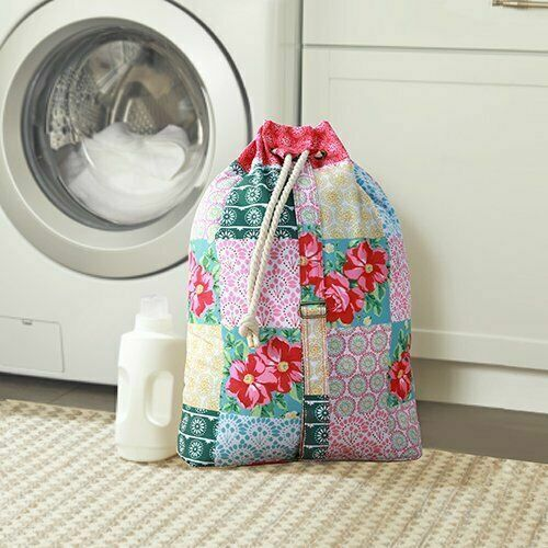 The Pioneer Woman Patchwork Drawstring Laundry Bag Tote NEW
