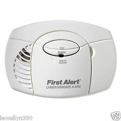 FIRST ALERT PLUG IN CARBON MONOXIDE DETECTOR CO600  (First Alert Co Detector)