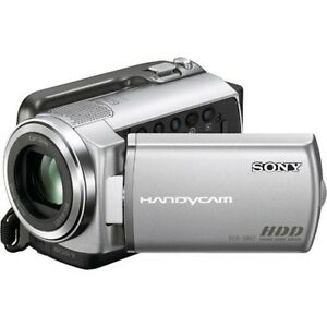 Sony Handycam DCR-SR67 - camcorder - 80GB hard disk drive Great