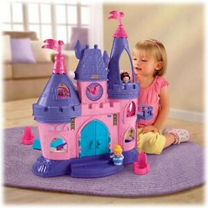 Disney Princess Castle (plays french songs)
