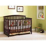 Crib 4 in 1