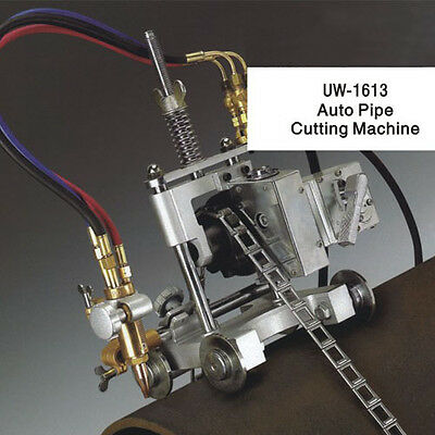 Automatic Oxy-fuel Pipe Cuttingbeveling Machine.