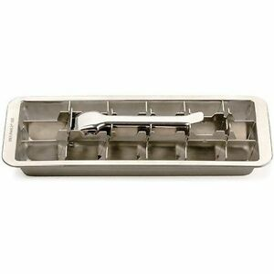 stainless steel ice cube tray 2 trays rsvp endurance retro style makes 18 cubes ebay. Black Bedroom Furniture Sets. Home Design Ideas