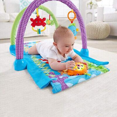 Gimnasio musical kick-n-crawl fisher price ajustable para gatear de bebe