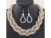 Multicoloured weave necklace