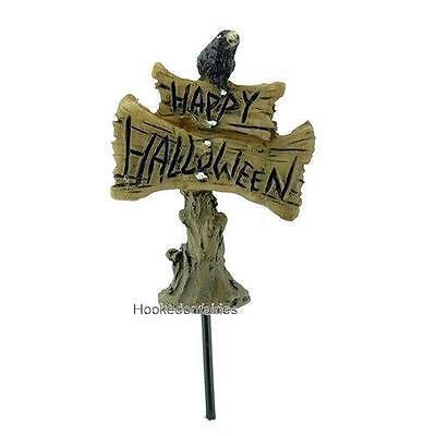 Happy Halloween Sign w Crow Pick Miniature Fairy Garden Micro Mini GO 17520 (Happy Halloween Sign)
