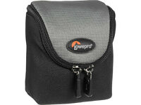 Lowepro Digital Resolution: D-Res 10 AW Pouch - Black