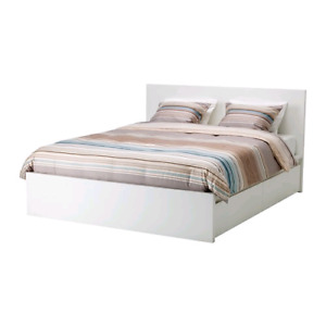 Wanted queen sized bed frame box