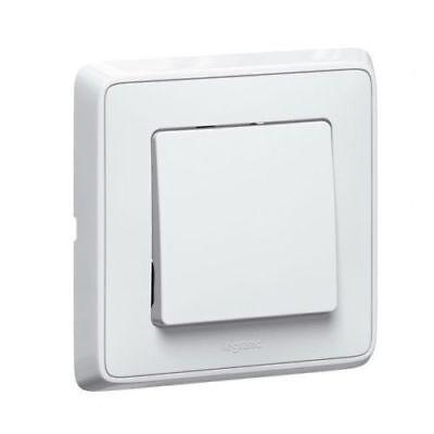 Legrand Cariva 773811 Button 6A 250 V~ White