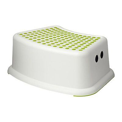 NEW Childrens Stepping Stool Green White FREE SHIPPING