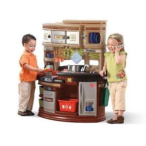 Step 2 kitchen ebay for Little boy kitchen set