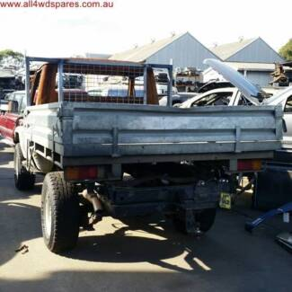 Toyota Land Cruiser table top Now Wrecking A1469