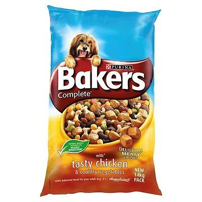 Bakers Complete Chicken Dog Food with 100% Natural Tasty Country Vegetables 14kg