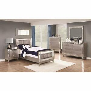 Coaster Furniture Youth Twin or Full 5 piece Bedroom set with Mirrored Panel Accents