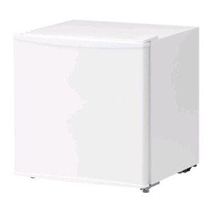 2 mini fridges For Sale only 80$ / Or 45$ For the Small One