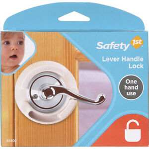 safety 1st french door lever handle baby proof child lock one hand use 72304 ebay. Black Bedroom Furniture Sets. Home Design Ideas
