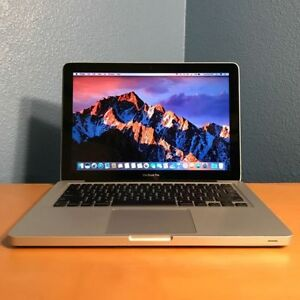 Used Apple Macbook/Air & iPhone From A Retail Store