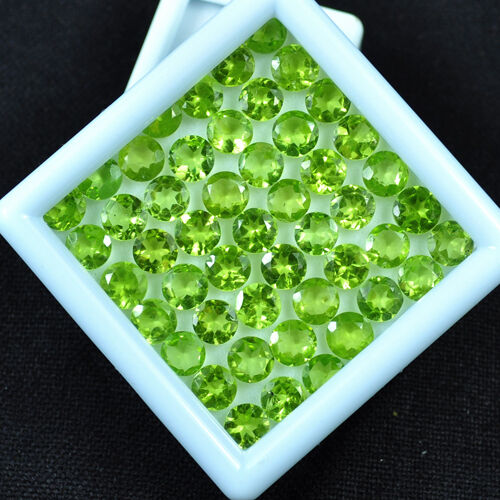 38 CTS/49 PCS UNTREATED AAA FINEST GREEN NATURAL PERIDOTS - 6mm ROUND CALIBRATED