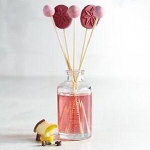Pier 1 Reed Diffuser Apple Crisp Mini Fragrance Freshener Red Christmas New