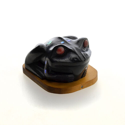 Haida Argillite Pendant Sculpture Frog With Abalone And Catlinite Inlays