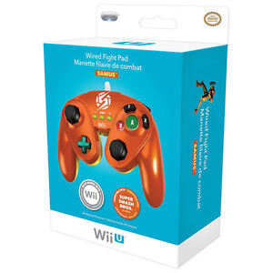 WIIU / WII FIGHT PAD - displayed only - MINT-  collectible
