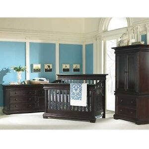 3 in 1 convertible crib/daybed/ double bed
