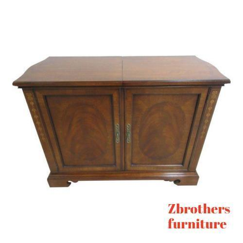 Drexel Heritage Flame Mahogany Inlaid Banded Bar Liqour Cabinet Server Heirlooms