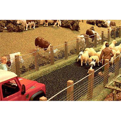 BRUSHWOOD BT2092 Authentic Stock Fencing - 1:32 Farm Toys