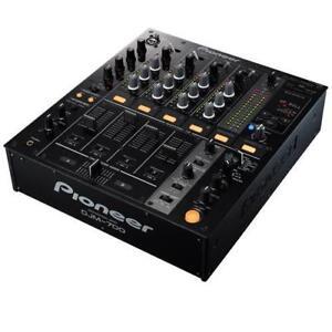 PIONEER DJM-700 NOIR (USAGÉ)
