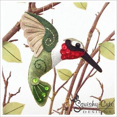 Felt Bird (Hummingbird Sewing Pattern - Bird Ornament Felt Plushie Pattern & Tutorial )