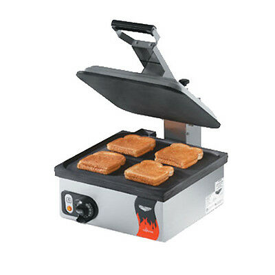 Vollrath 40792 Single Electric Cayenne Panini Sandwich Press - Non-stick Finish