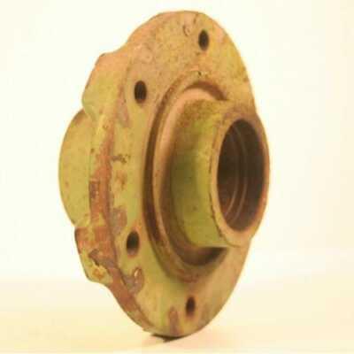 Used Wheel Hub Compatible With John Deere 3800 945 955 956 1209 1219 1380 1600