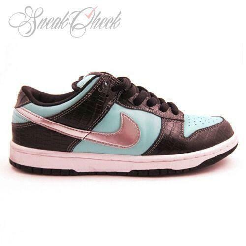 Nike SB Tiffany: Men's Shoes