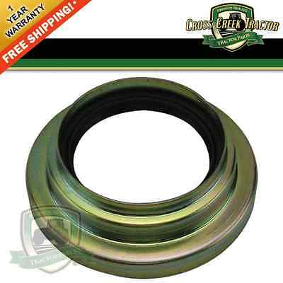 C5nn4969d New Ford Tractor Rear Axle Seal And Retainer 4000 3930 4000 4600