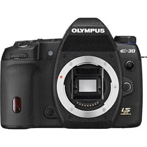 Olympus E30 Camera with tele, wide angle and macro lenses