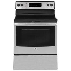 STAINLESS STEEL STOVE/RANGE WITH SELF CLEAN OPTION--- CANT BEAT THIS DEAL!!