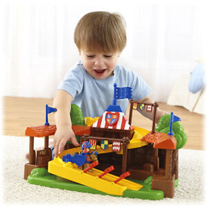 NEW:Fisher-Price Little People-Mike the Knight Klip Klop Arena