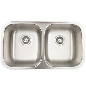 "Vigo Undermount 32""double Bowl Kitchen Sink With Accessories"
