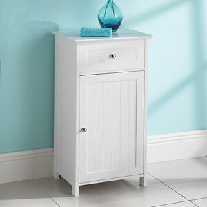 Wall cabinet for bathroom